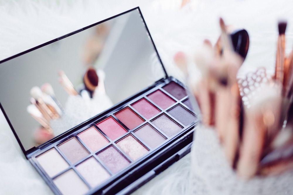 化粧品 イメージ